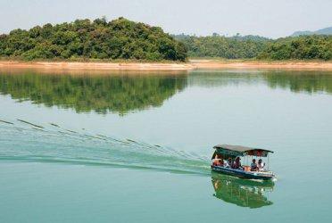 Tổ chức cho Công ty đi Biển Hải Tiến – Vườn Quốc Gia Bến En – Khu du lịch Tràng An (3 ngày 2 đêm)